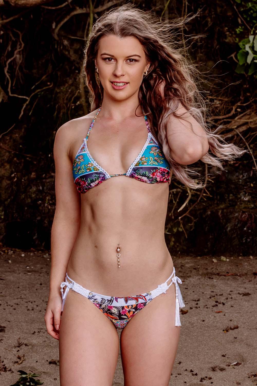 Roscoe Vision NZ online bikini store and bikini photographer based in Whangaparaoa, Auckland, New Zealand.